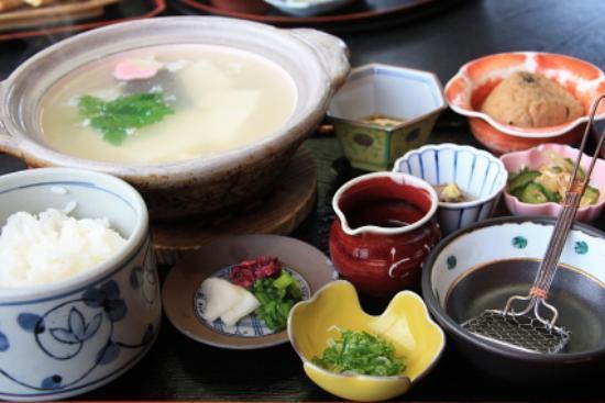 Toyouke Jaya: 湯豆腐膳