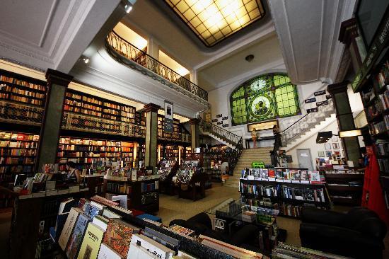 Cultura Cercana - Uruguay: book store