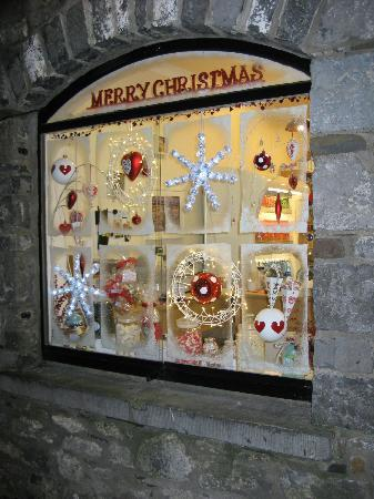 Butter Slip : Sweet Shop Window at Christmas Time