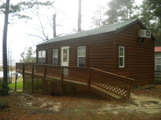 Bass Haven Resort: love this cabin BEAUTIFUL!!!! cabin 28
