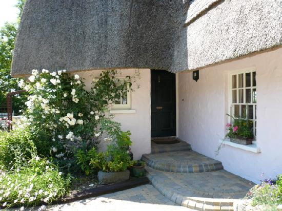 Weir Haven : Front Entrance - showing some of the beautiful climbing roses