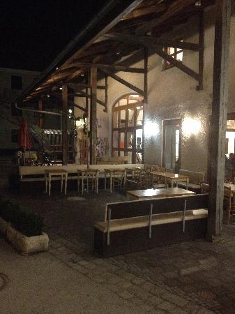Irish Folk Club Munich: The Stemmerhof Restaurant pation.
