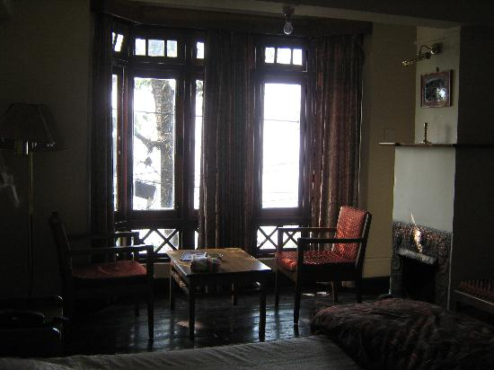 Darjeeling Gymkhana Resort : another pic of our room
