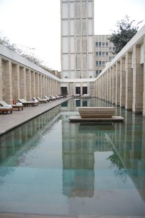 The Lodhi: Outdoor pool