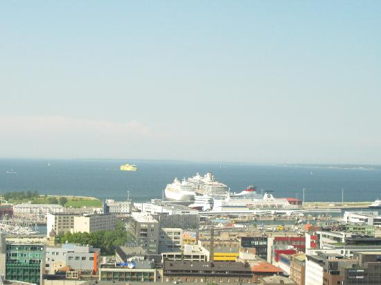 Swissotel Tallinn: Harbour view from our room