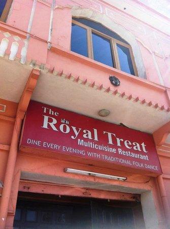 The Royal Treat
