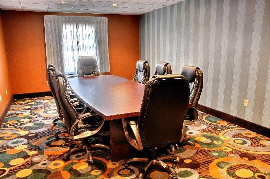 Clarion Inn & Suites Virginia Beach: Meeting Room 1