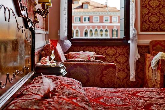 """""""Antica Locanda Sturion"""" Residenza d'Epoca : Our rooms"""