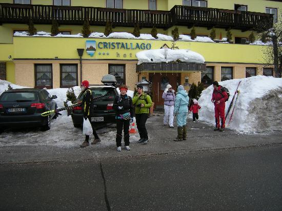 Hotel Cristallago: Partenza per le piste