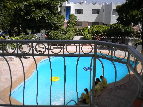 Hotel Habitation Hatt : POOL VIEW