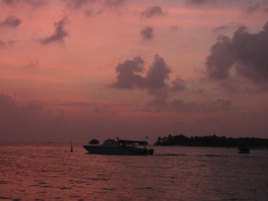 Conrad Maldives Rangali Island: view from Sunset restuarant