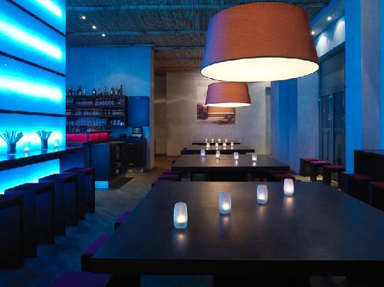 NU: Restaurant