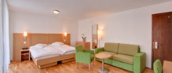 Hotel Bristol: Bristol Family Room for 4 (5)
