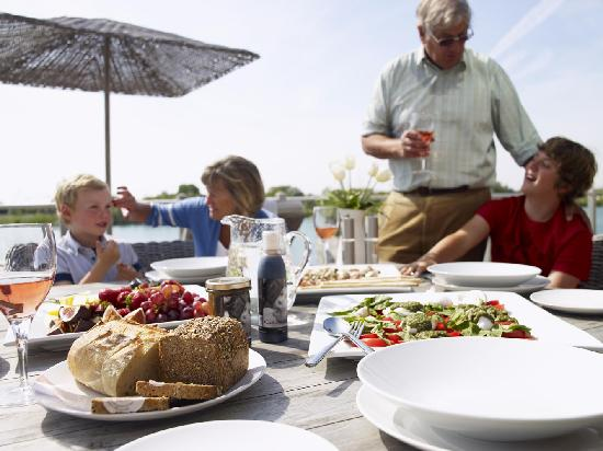 Watermark Lakeside Homes & Holidays Ltd: Lunch on your deck
