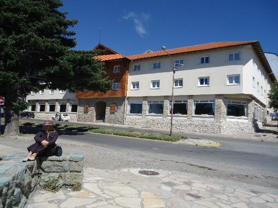 Hotel Tres Reyes: Vista del frente