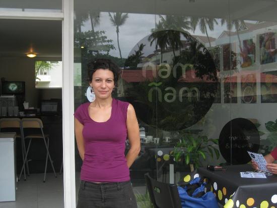 Alexandra and her cute cafe, Nam Nam!
