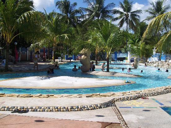 Intosan Beach Resort Pool