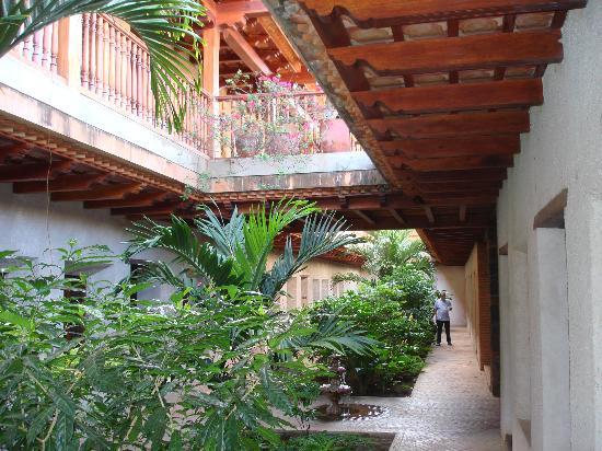 Hotel Granada: Nice colonial setting