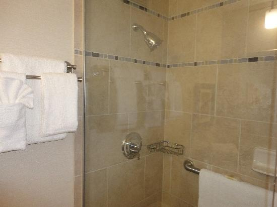 Crowne Plaza Danbury: New Spa Inspired Showers