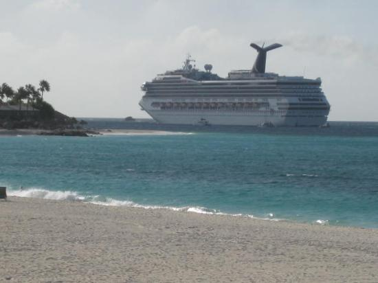 Cruise Ships Going By Almost Daily Picture Of Divi Aruba All - Cruise ships in aruba