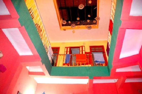 Rainbow Marrakech Hostel: the walls are bright, just like the African sunshine