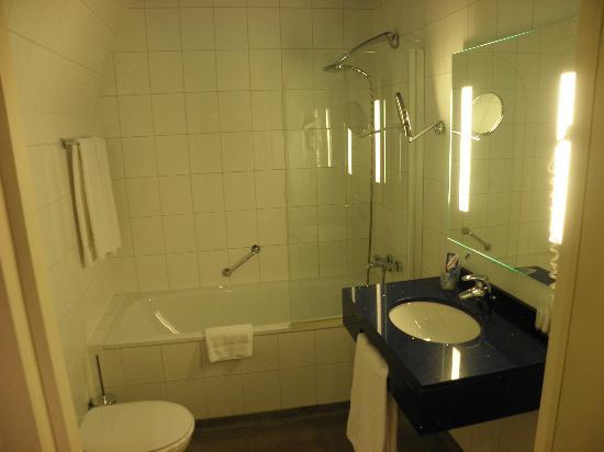 Hotel Savoy Amsterdam: bath room