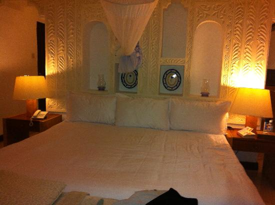 Leopard Beach Resort & Spa : Bed room