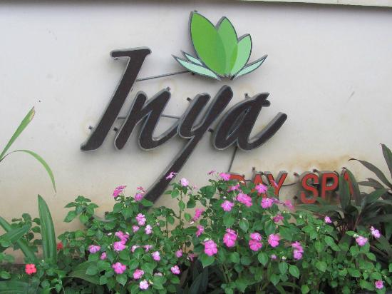 Inya Day Spa: Entrance