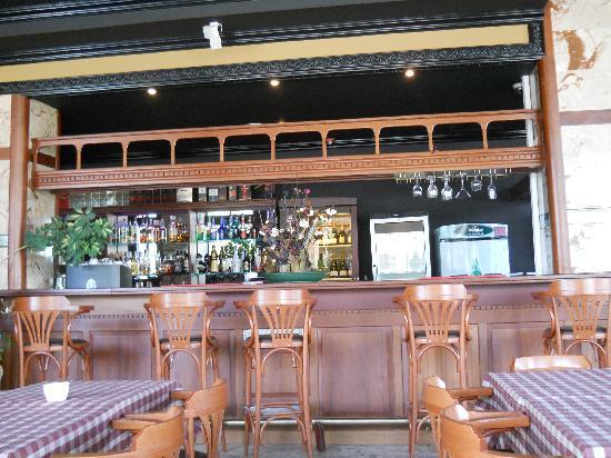 Elegance Hotel: Inside the Restaurant