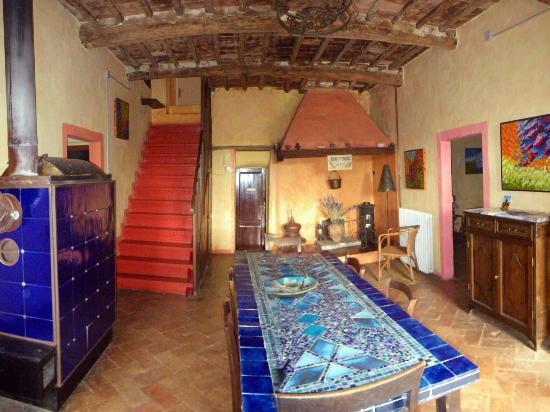 Agriturismo Il Colombaio di Barbara: atrio con le 4 camere e la scala per le 2 camere livello superiore
