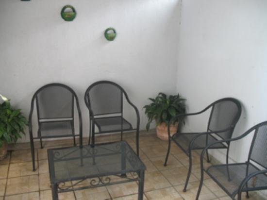 Hotel Hospedajes del Rey: Private Balcony