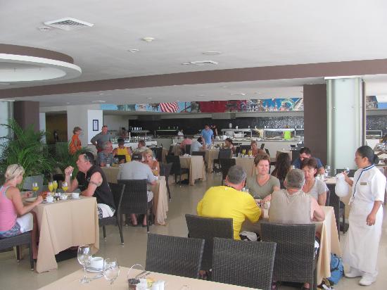 Dreams Huatulco Resort & Spa: Breakfast Buffet