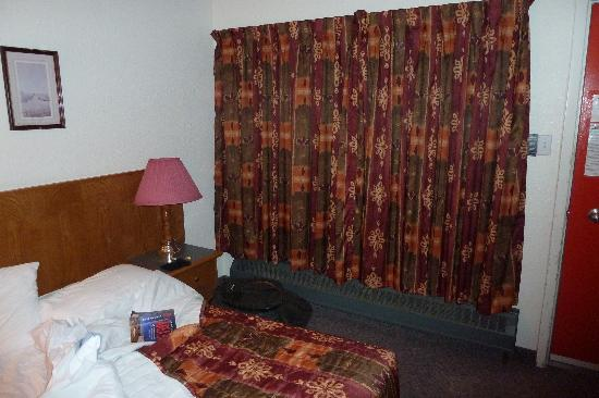 North Country Inn: Bedroom