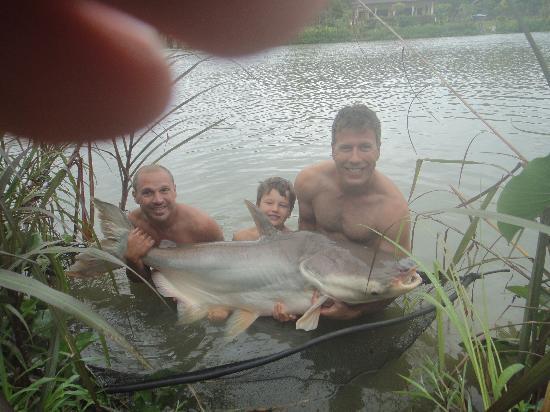 Gillhams Fishing Resorts : Nice Catch