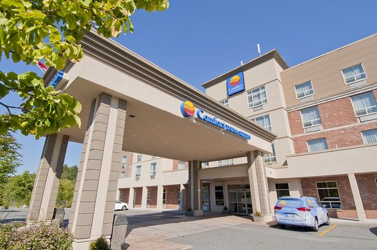 Comfort Inn & Suites Surrey : Lobby Entrance