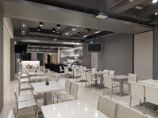 แดนดี้ โฮเต็ล ต้า-อัน: Breakfast restaurant