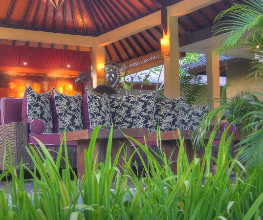 Villa Sabandari: Sitting Room