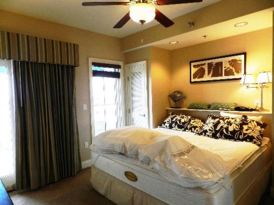 Carillon Beach Resort Inn: Our room before leaving