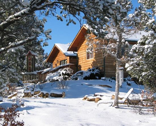Sundance Bear Lodge: Winter at the Guest House