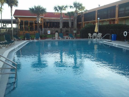 河濱品質套房飯店照片