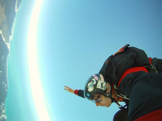 Skydive Fox Glacier: Jumping Out