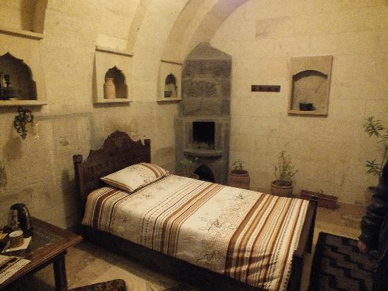 Vineyard Cave Hotel: Another room at Vinyard