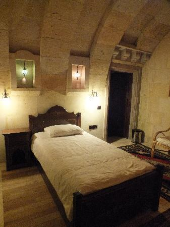 Vineyard Cave Hotel: Another room at Vineyard