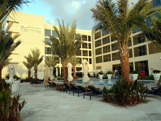 Centro Sharjah: Poolbereich