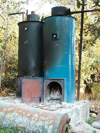Hotel Champaner: boiler a legna