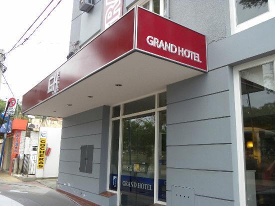 Grand Hotel Catamarca: Ingreso Principal