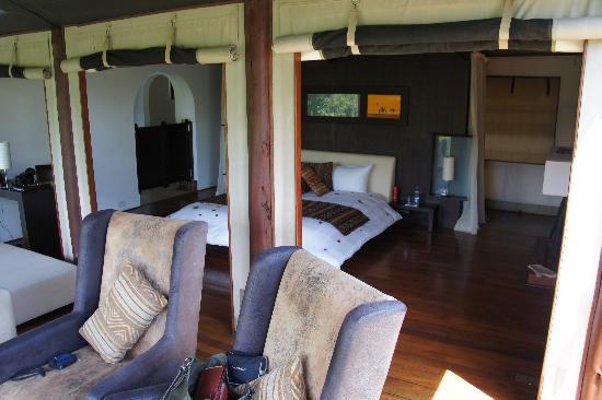 Ngerende Island Lodge: vue de la chambre