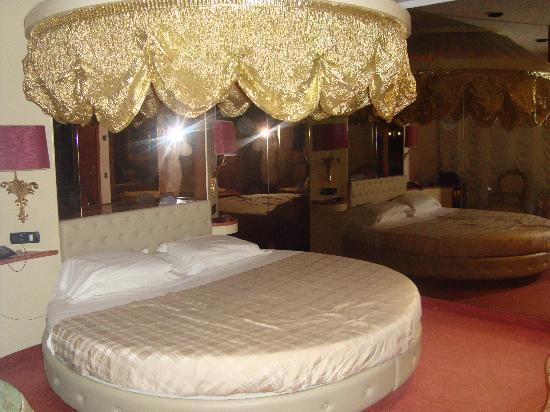 Motel K : Il letto tondo