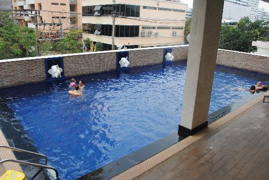 Bangkok Patio : swimming pool