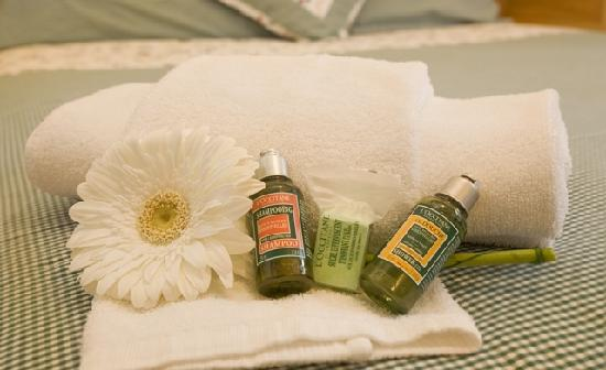Chalet Morzine Luxury Chalets, Chalet Morzine : Luxurious bathroom products